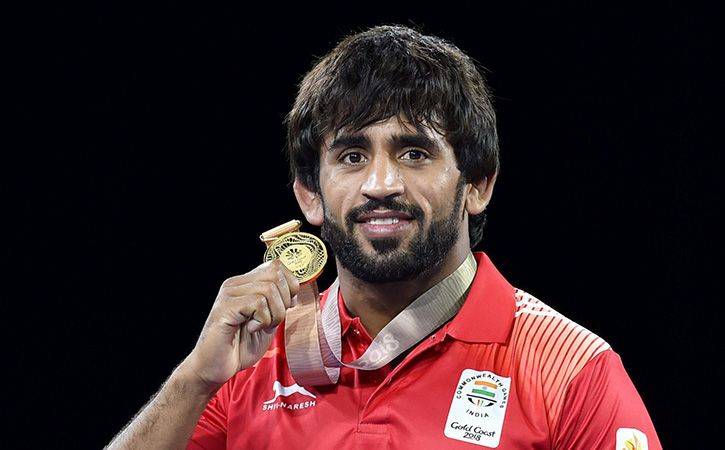 Bajrang's head returned after winning gold, crowning gold crown