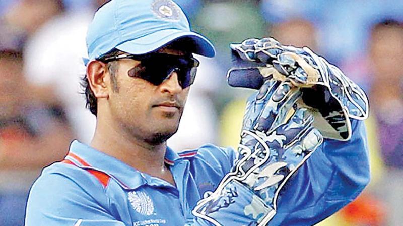 धोनी रिव्यू सिस्टम ने दिलाई भारत को पहली सफलता, ट्विटर पर छाए धोनी 13