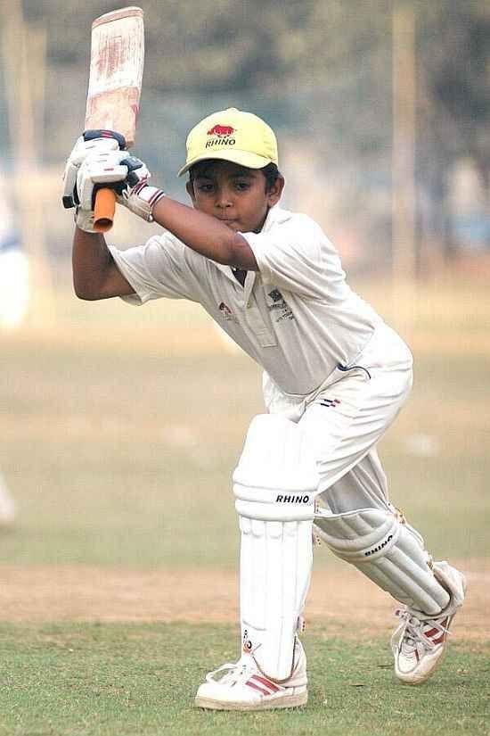 पृथ्वी शॉ को ऐसे ही नहीं मिली है भारतीय टीम की कैप, इसके लिए पृथ्वी और उनके पिता को देने पड़े हैं ये 5 बलिदान 4