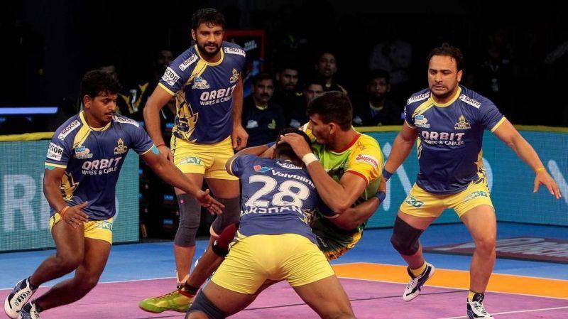 प्रो कबड्डी लीग: काशीलिंग अडके और पवन कुमार दे रहे बेंगलुरु बुल्स को मजबूती 2