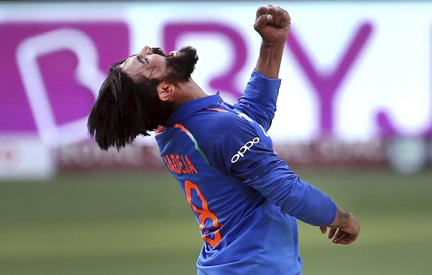 अजीत आगरकर ऑस्ट्रेलिया दौरे के लिए रविंद्र जडेजा और रविचंद्रन अश्विन में से सिर्फ इस खिलाड़ी कों देना चाहते हैं जगह 2