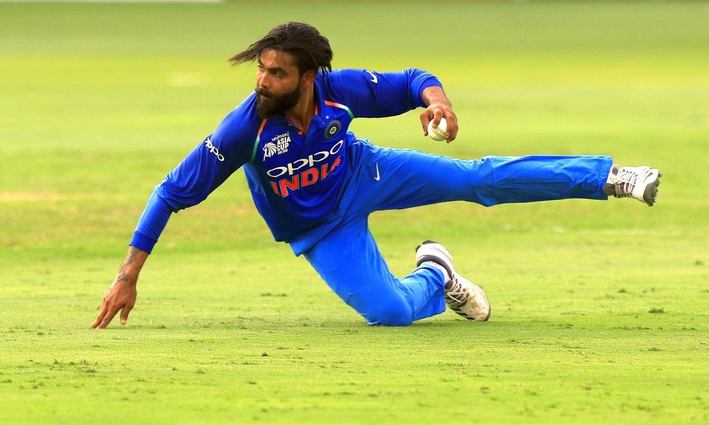 रविंद्र जडेजा हैं मौजूदा भारतीय टीम के सबसे खतरनाक फिल्डर, अब तक कर चूके हैं फील्डिंग से इतने शिकार 21