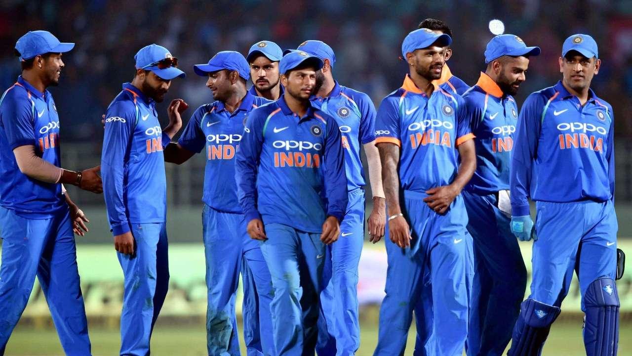 चोटिल एमएस धोनी के स्थान पर यह खिलाड़ी होगा भारतीय टीम का हिस्सा, इन 11 खिलाड़ियों को मिली जगह 4
