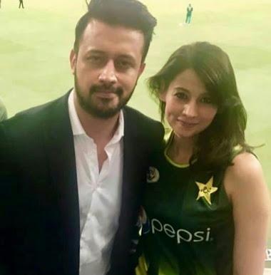 भारत-पाकिस्तान मैच के दौरान सेंसेशन बनी लड़की ने कहा 'सपनों में ऐसा कुछ होने की उम्मीद नही की थी' 2