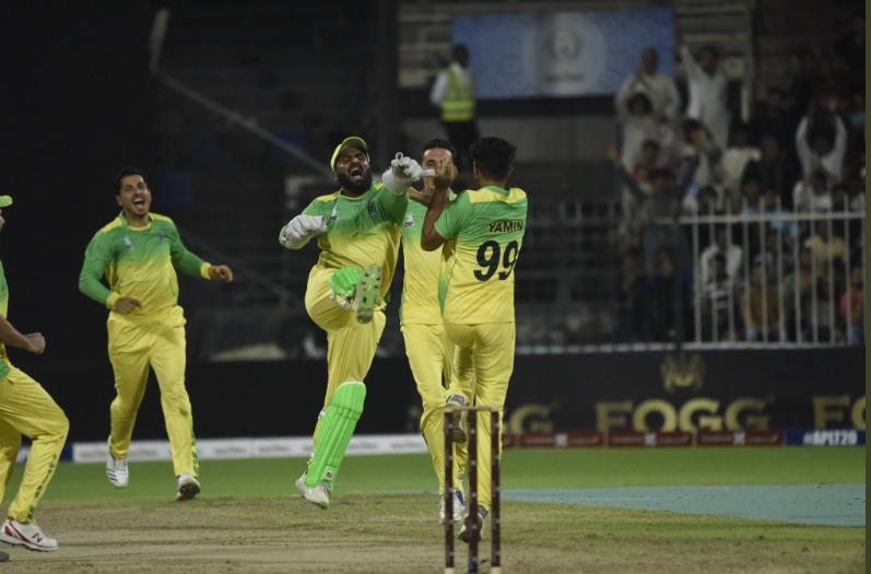 APL 2018: पाकतिया पैंथर्स ने कंधार नाइट्स को 9 रनों से दी मात 1