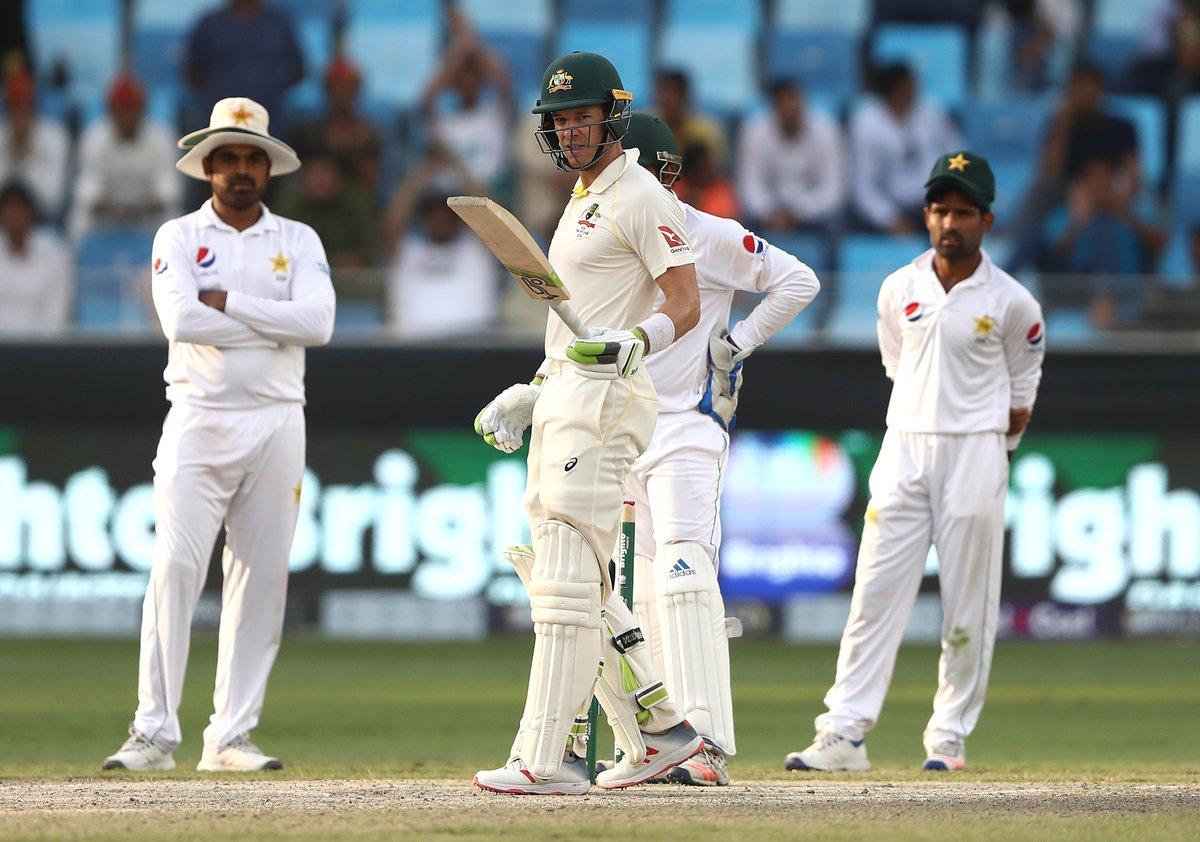 पाक के खिलाफ मैच ड्रा होने के बाद ख्वाजा के दीवाने हुए दिग्गज, कहा करियर का सबसे अच्छा पारी 3