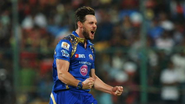 REPORTS: 2 बड़े विदेशी खिलाड़ियों के साथ इन 4 को मुंबई इंडियंस कर रही रिलीज 2