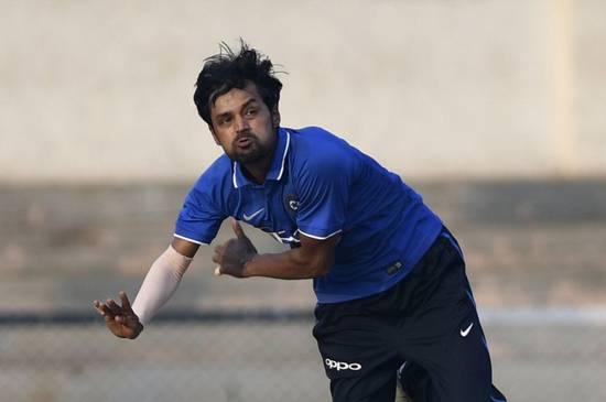 देवधर ट्रॉफी: इंडिया बी ने इंडिया ए को 43 रनों से हराया, दिनेश कार्तिक रहे बदकिस्मत तो चमके मनोज तिवारी 2
