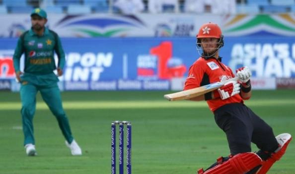 एशिया कप 2018 में निराशाजनक प्रदर्शन के बाद इस खिलाड़ी ने अंतर्राष्ट्रीय क्रिकेट से लिया संन्यास 2
