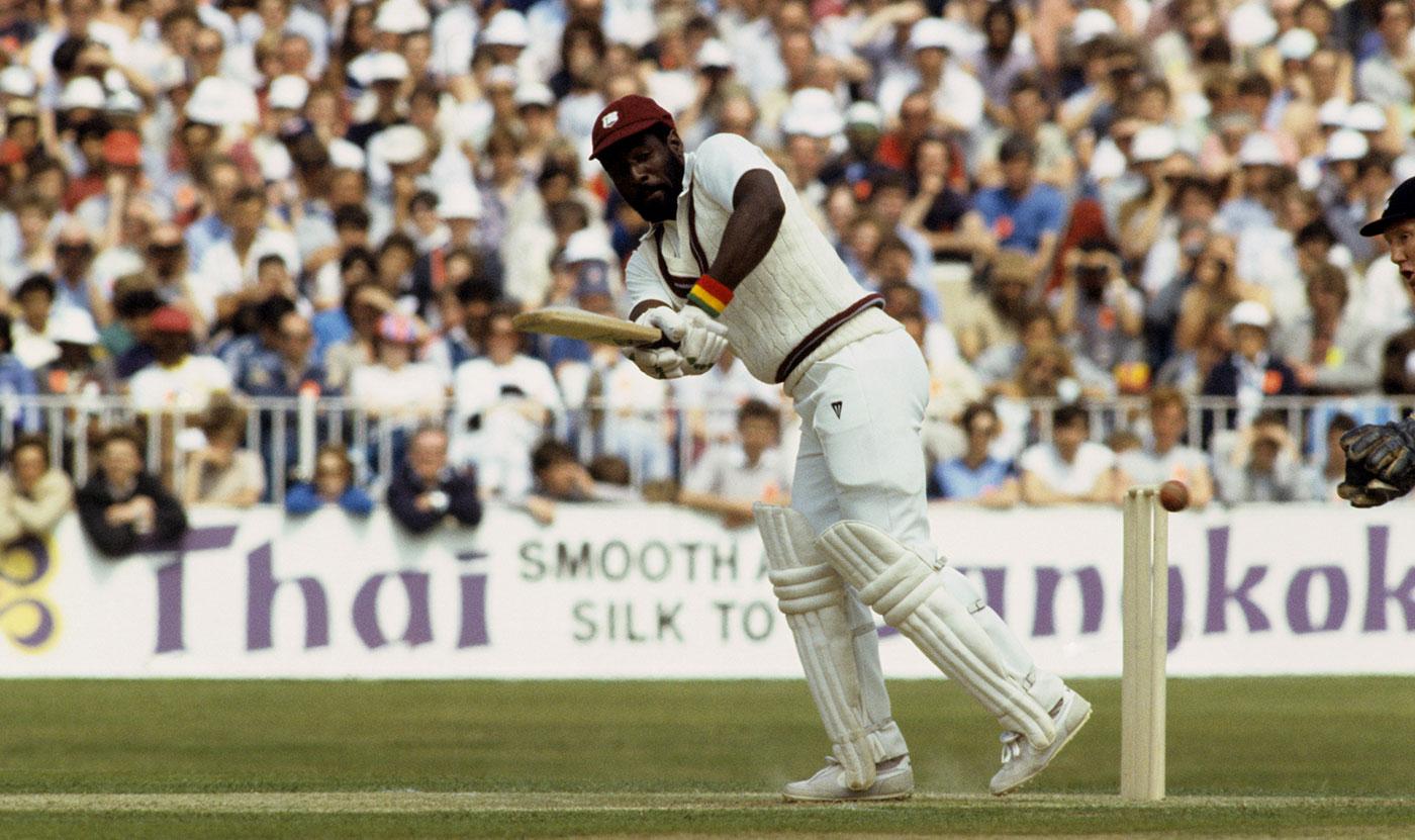 वेस्टइंडीज के इस बल्लेबाज के सामने गेंदबाजी करने से कांप जाते थे भारतीय गेंदबाज, बता कर मारता था छक्के