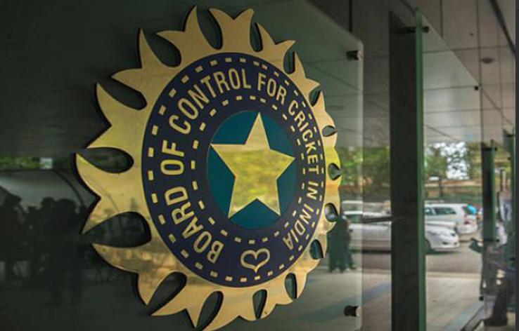 बीसीसीआई ने इशांत शर्मा और रविचन्द्रन अश्विन को तुरंत रणजी ट्रॉफी छोड़ने को कहा, ये है वजह 3