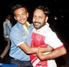 पृथ्वी शॉ को ऐसे ही नहीं मिली है भारतीय टीम की कैप, इसके लिए पृथ्वी और उनके पिता को देने पड़े हैं ये 5 बलिदान 2