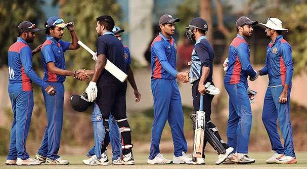 भारत ने बनाएं 367 रन और उधर विजय हजारे ट्रॉफी में रोहित शर्मा ने किया कुछ ऐसा पेश की ऑस्ट्रेलिया दौरे के लिए दावेदारी 2