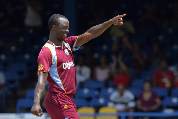 मेजबान टीम को लगा बड़ा झटका, पीठ में लगी चोट के चलते पहले दो वनडे मैचों से बाहर हुआ यह दिग्गज खिलाड़ी 2