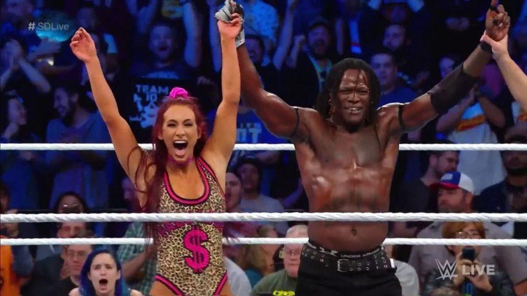 WWE स्मैकडाउन रिजल्ट्स: 2 अक्टूबर, 2018 1
