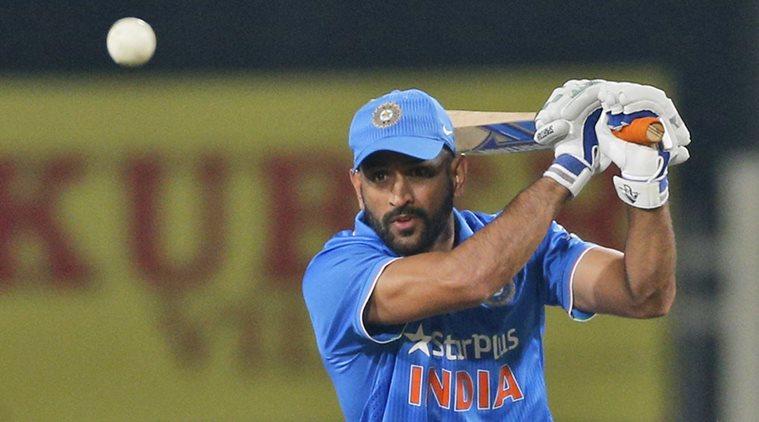 चोटिल एमएस धोनी के स्थान पर यह खिलाड़ी होगा भारतीय टीम का हिस्सा, इन 11 खिलाड़ियों को मिली जगह 2