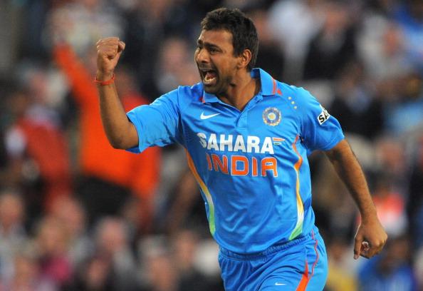 टी-10 लीग : प्रवीण कुमार के सामने नहीं टिक सके क्रिस गेल, 36 रनों से जीती पंजाबी लीजेंड्स, चमके हसन खान 34