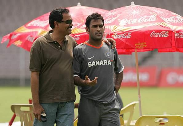पूर्व भारतीय कप्तान ने विराट कोहली की कप्तानी पर उठाया सवाल कहा, धोनी और पंत में किसी एक को टीम में मिले जगह 38