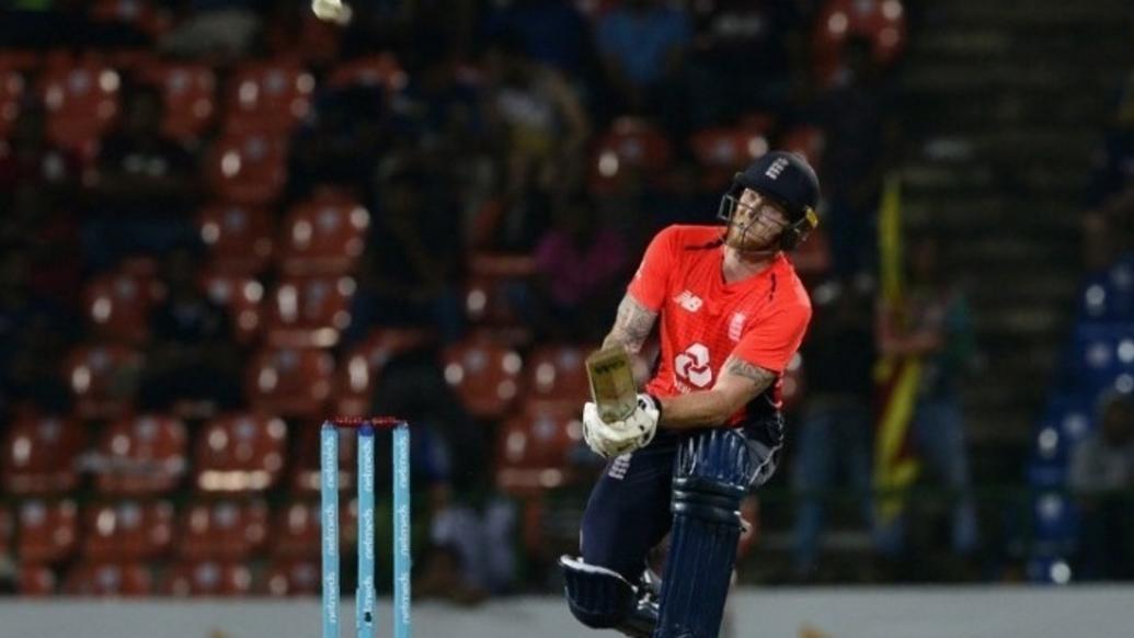 वीडियो: महेंद्र सिंह धोनी बनें बेन स्टोक्स, ऐसे फिनिश किया मैच 10