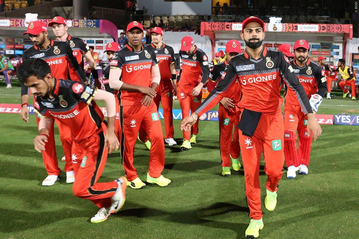 आरसीबी आईपीएल 2019 के लिए इन खिलाड़ियों को कर सकती हैं रिलीज, विराट का पसंदीदा भी शामिल