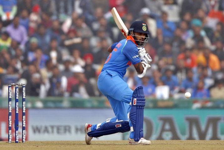 INDvsWI: तीसरे वनडे के लिए भारतीय टीम घोषित, इन 11 खिलाड़ियों के साथ उतरेगा भारत, दिग्गज की फिर हुई वापसी 3