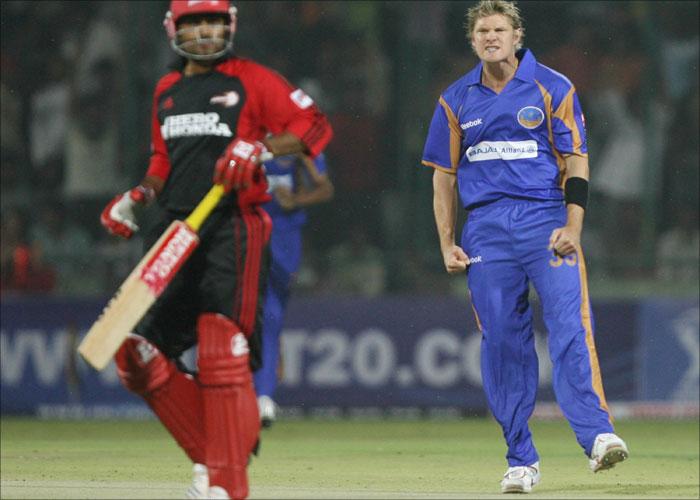 इंडियन प्रीमियर लीग 2008: सबसे ज्यादा डॉट बॉल 12