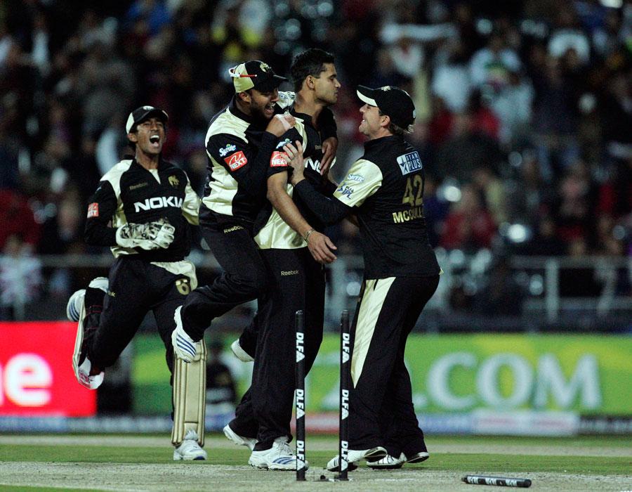 इंडियन प्रीमियर लीग 2009: पारी में सबसे महंगी गेंदबाजी 33