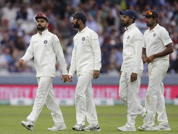 पहले टेस्ट मैच में इन 7 खिलाड़ियों को टीम की प्लेइंग इलेवन से बाहर रखेंगे कोहली! लिस्ट में कई बड़े खिलाड़ी शामिल 48