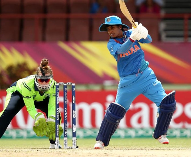 महिला टी-20 विश्व कप : भारत की जीत में चमकीं मिताली, राधा