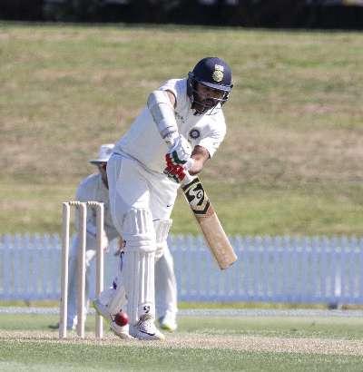 भारत-ए ने न्यूजीलैंड-ए के खिलाफ जल्दबाजी में घोषित कर दी पारी, अब न्यूज़ीलैंड के ठोस शुरुआत से बढ़ी परेशानी 2