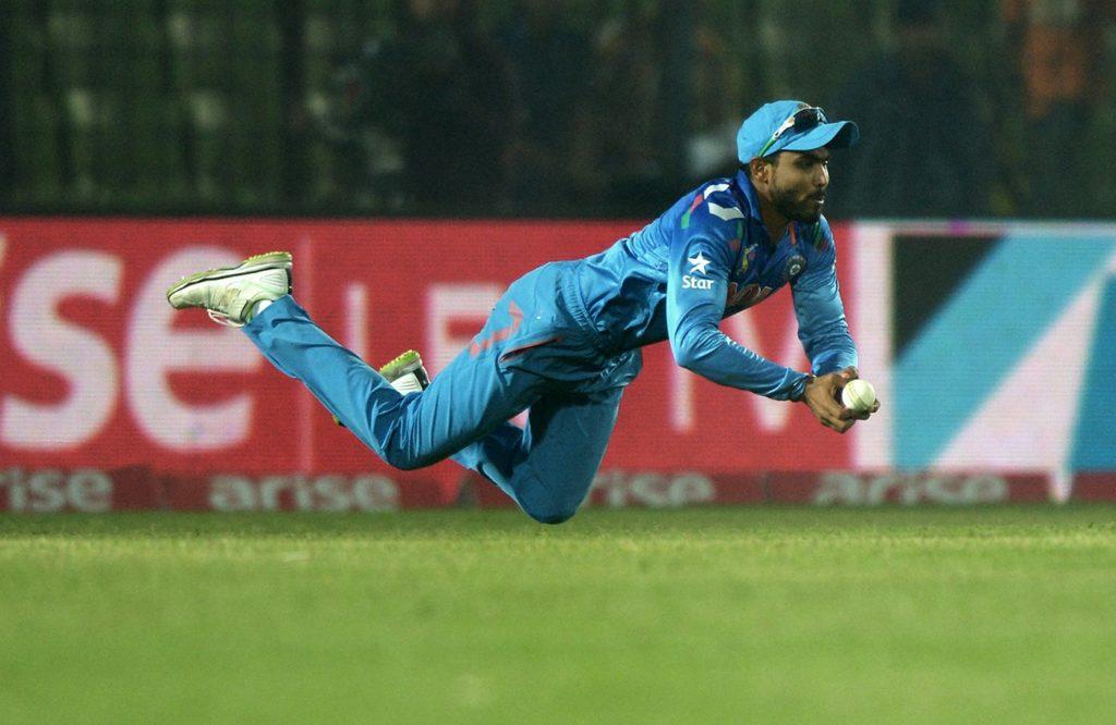 मौजूदा समय के पांच सबसे बेहतरीन फील्डर जिनके पास गेंद पहुंचने पर रन आउट होना तय, लिस्ट में 2 भारतीय 4