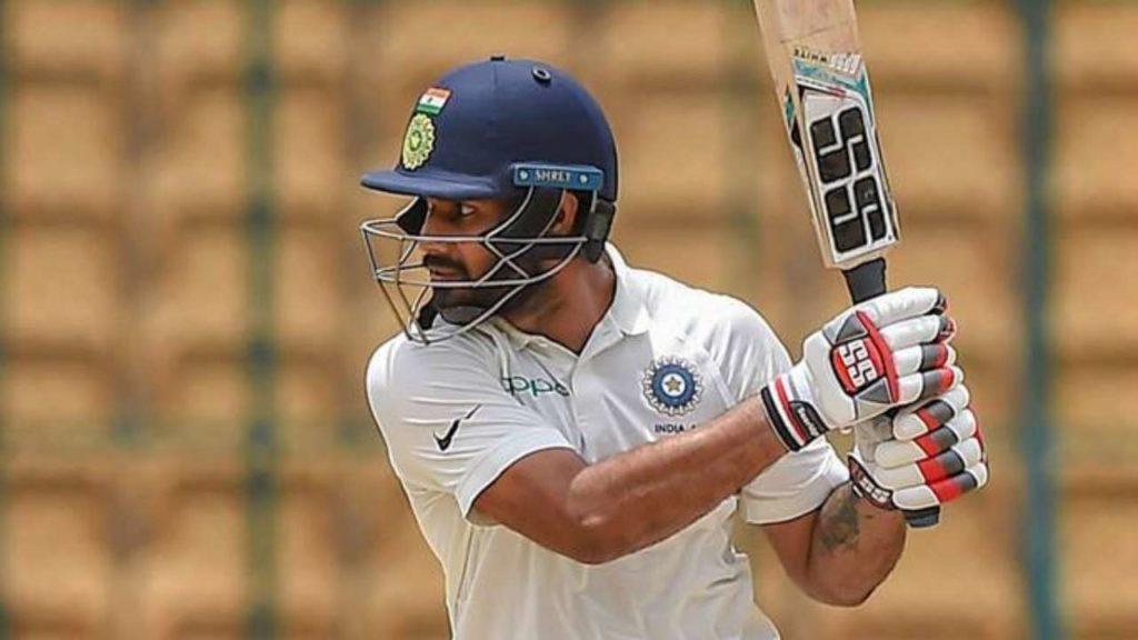 रोहित शर्मा को बैठना पड़ सकता है टेस्ट टीम से बाहर, शानदार पारी खेल इस खिलाड़ी ने काटा हिटमैन का पत्ता 2