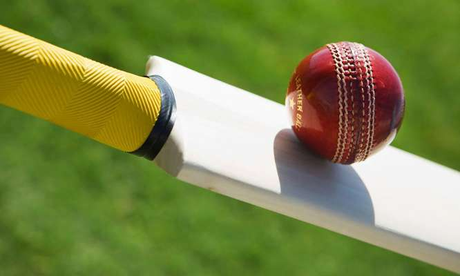 वीडियो: जब मोबइल फ़ोन की वजह से हिट विकेट हो गया था ये बल्लेबाज 1