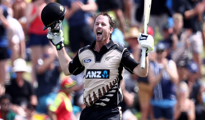 चौथे वनडे के लिए न्यूज़ीलैंड ने घोषित की सबसे मजबूत प्लेइंग इलेवन, इन 11 खिलाड़ियों को दिया मौका! 3