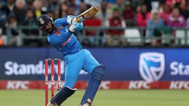 रोहित शर्मा के डेब्यू मैच में ये थी 11 सदस्यी टीम, जाने अब कहां हैं बाकि के 10 खिलाड़ी 6