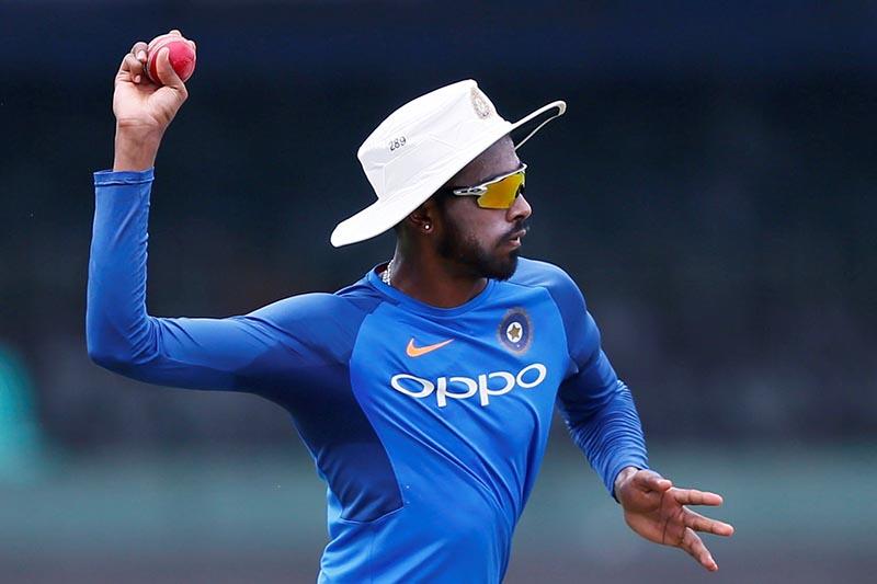 ऑस्ट्रेलिया के खिलाफ होने वाली वनडे श्रृंखला से पहले टीम इंडिया को लगा एक ओर बड़ा झटका, एक बार फिर से RULED OUT हुए हार्दिक पंड्या 2