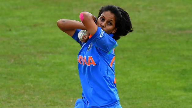 विश्व कप में शानदार प्रदर्शन कर पुरे भारत की दिल जीतने वाली पूनम यादव ने अब कोरोना की जंग में मोटी रकम देकर बढ़ा दिया अपना और सम्मान 4