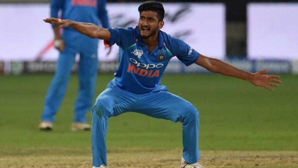 युवा तेज गेंदबाज खलील अहमद ने नई गेंद से जिम्मेदारी मिलने पर कही बड़ी बात 3