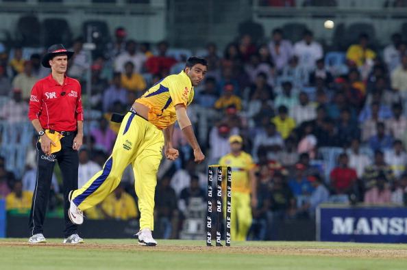 इंडियन प्रीमियर लीग 2009: सबसे बेहतरीन इकॉनमी रेट 38