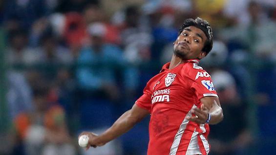 इंडियन प्रीमियर लीग 2014: पारी में सबसे महंगी गेंदबाजी 7