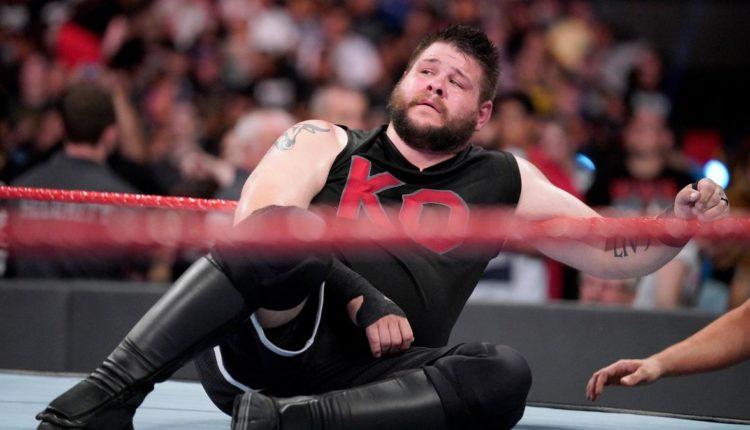 चोट से कब वापसी कर सकते हैं WWE के ये बड़े रेसलर 31