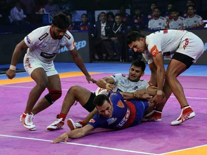 Pro Kabaddi League: Bengaluru Bulls defeated UP Warrior