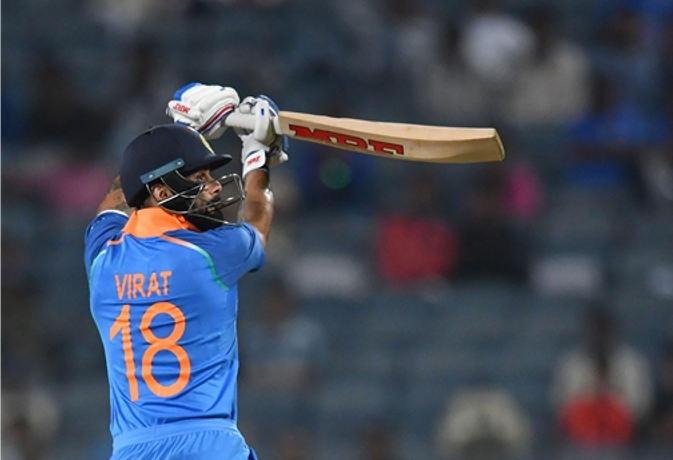 77 रन बनाते ही ऐसा करने वाले दुनिया के पहले और एकलौते बल्लेबाज बन जायेंगे विराट कोहली 1