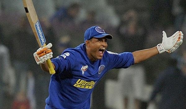 इंडियन प्रीमियर लीग 2009: पारी में सबसे ज्यादा छक्के