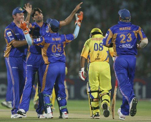 इंडियन प्रीमियर लीग 2008: पारी में सबसे ज्यादा 4 विकेट