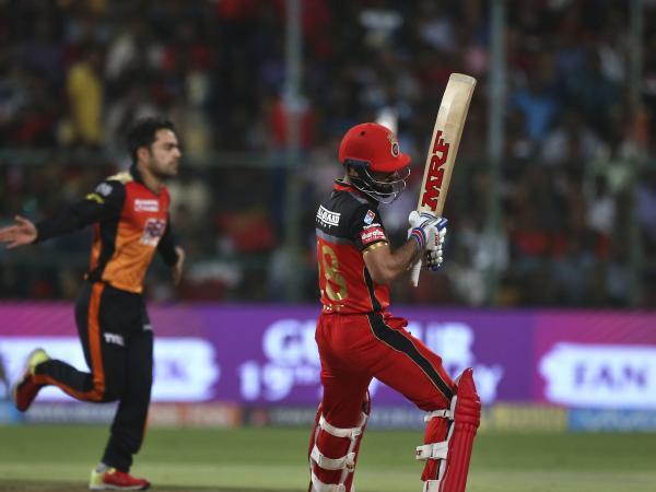 ब्रैड हॉज ने विराट कोहली को नजरअंदाज कर इस खिलाड़ी को बताया टी-20 में मौजूदा समय का सर्वश्रेष्ठ प्लेयर 9