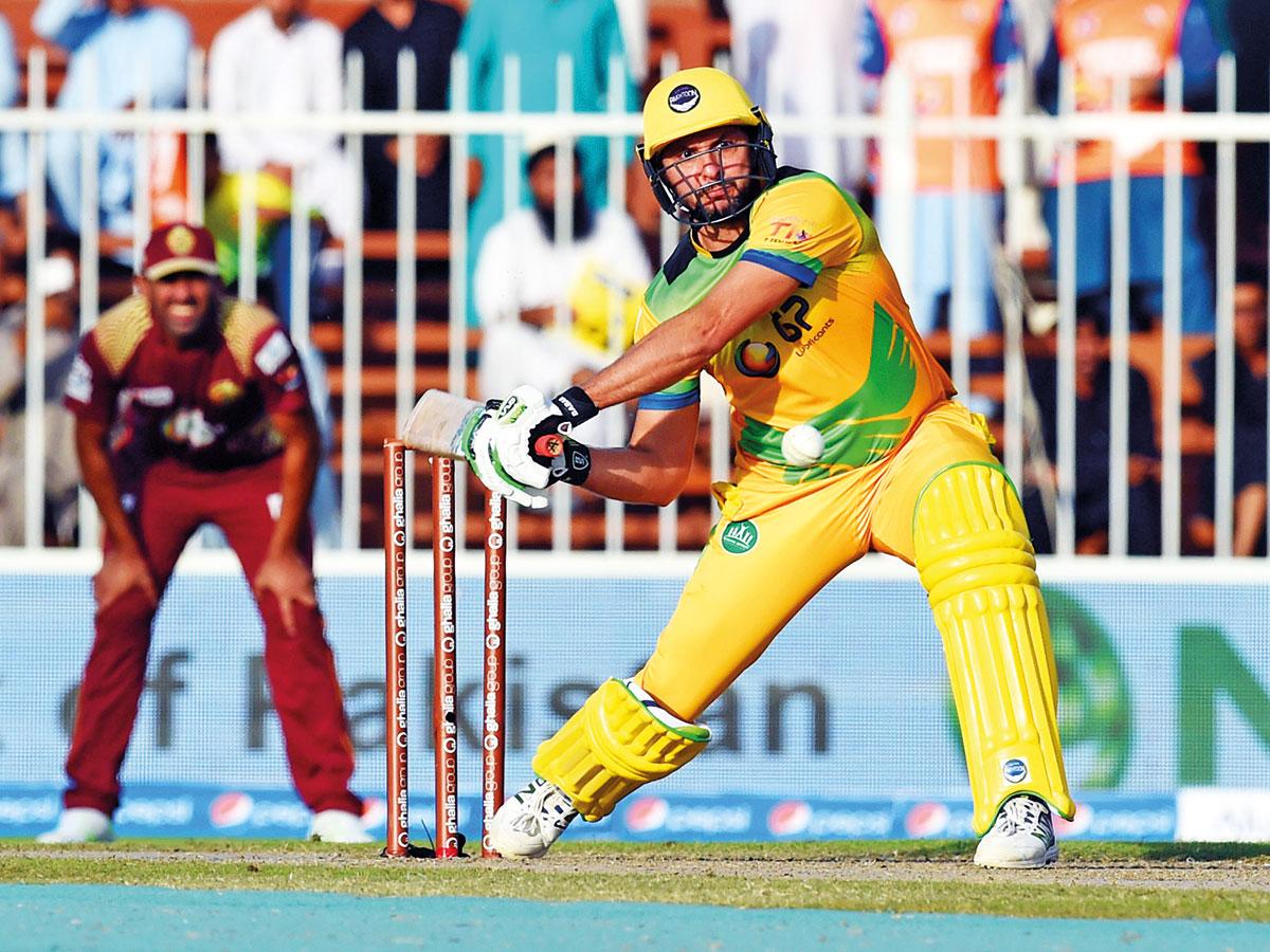 टी-10 क्रिकेट लीग: शाहिद अफरीदी के तूफानी प्रदर्शन के दम पर पख्तून की टीम फाइनल में