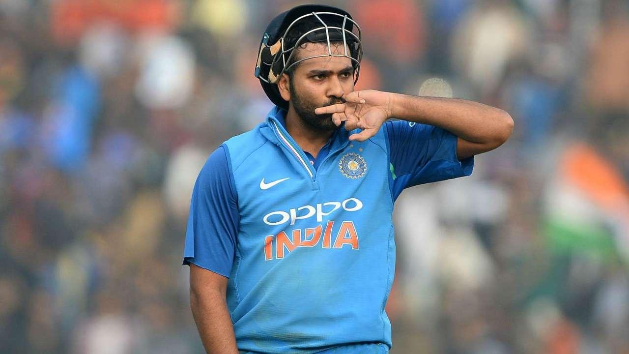 रोहित शर्मा के डेब्यू मैच में ये थी 11 सदस्यी टीम, जाने अब कहां हैं बाकि के 10 खिलाड़ी