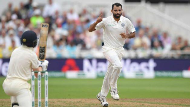वीडियो:  84.3 ओवर में मोहम्मद शमी की इस आग उगलती गेंद पर चारो खाने चित हुए पैट कमिंस 1