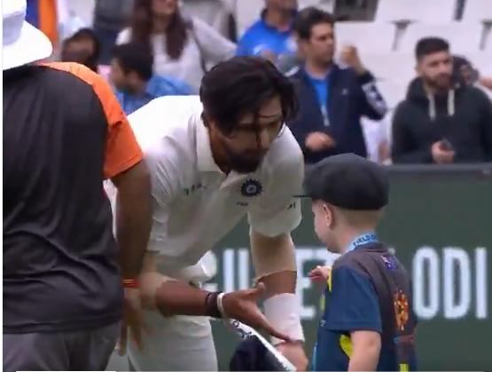 वीडियो : 7 वर्षीय ऑस्ट्रेलिया के उपकप्तान ने कुछ इस अंदाज में दी भारतीय टीम को जीत की बधाई